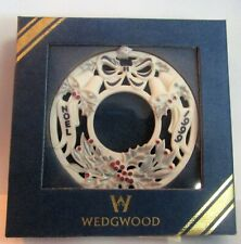 Wedgwood Christmas Noel Wreat 00006000 H Ornament 1999 Silver Blue & Berry