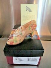 New Countess, Just the Right Shoe, Nib With Coa, 2001, 25129
