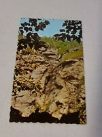 Vintage Postcard - Vermont - The Smuggler's Face In Stowe VT Un-Posted #828
