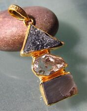 Latón Chapado en Oro diamante de Herkimer Cuarzo, Negro Cuarzo Druzy & áspero Colgante.
