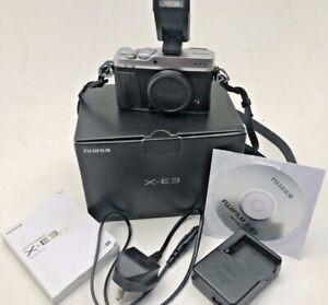 Fuji X-E3 CMOS 24.3MO silver  APS-C digital camera body