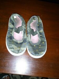 Carter's Sz 10 Toddler Girls Heart Flats Shoes
