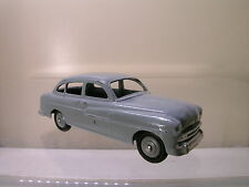 DINKY TOYS F 24X FORD VEDETTE PALE-GREY 1954 SCALE 1:43