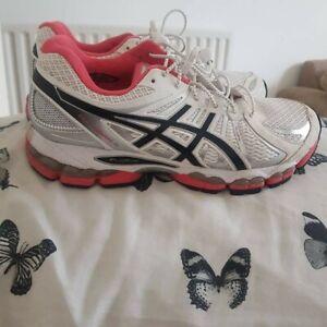Ladies Asics Gel Nimbus 15 Trainers Size 7.5