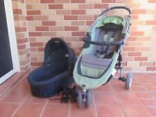 Green Baby Jogger City Mini Pram / Stroller and Bassinet