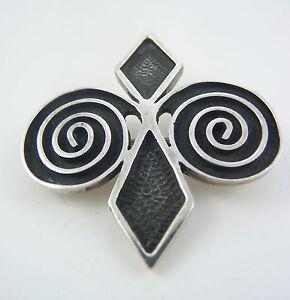 Scottish 1972 Ola Gorie Silver Skara Brae Brooch Pin