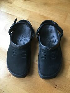 Crocs men's black Yukon style with suede upper section size 9