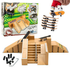 Wood Ultimate Skate Park Ramp Parts With 2 Tech Deck Fingerboard Toy ABS Plastic