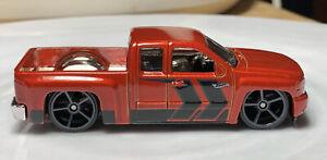 Hot Wheels Chevy Silverado 1/64 Diecast Chevrolet Pickup