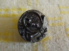 Bouton Chasse Cor de chasse et Cerf    Vintage bakelite  22 mm