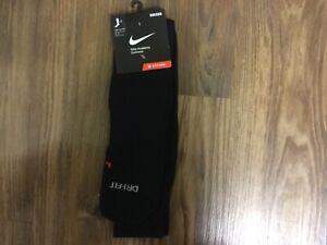 Nike Academy Cushioned Over-The-Calf Soccer Socks Black/White Mens Large 8-12