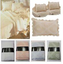 Édredons et couvre-lits contemporains