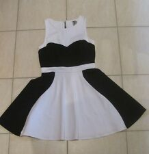 Bettina Liano Black & White Skater Mini Dress Size 10