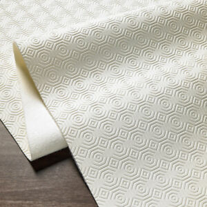 Kitchen / Dining Table CUSHIONED HEAT PROTECTOR Tablecloth Place Mats Non-Slip