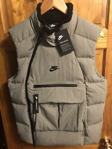 Nike Mens Sportswear NSW Tech Pack Down Fill Vest Size Small Dark Stucco Rare