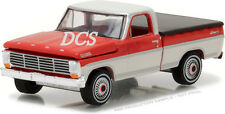GREENLIGHT 1967 FORD F-100 WITH BED COVER HOBBY EXCLUSIVE 1/64 DIECAST CAR 29862