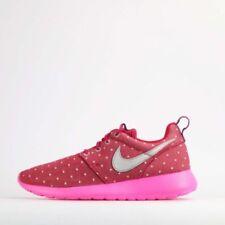 Chaussures rouges Nike pour fille de 2 à 16 ans