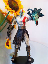 NECA GAME GOD OF WAR KRATOS With Medusa Head 7 INCHES ACTION FIGURE New In Box