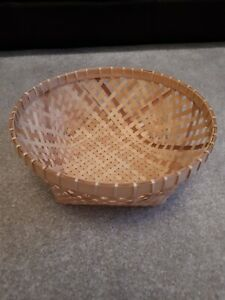 Square Bottomed Round Lightweight Basket