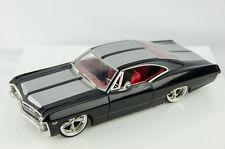 Jada Collectors Club Limited Edition 1967 Chevrolet Impala SS 1/24 Diecast Car