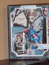 Monster High Story Scary Everafter Tales DOLL Frankie Threadarella spooky tiara