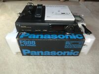Panasonic NV-FS88 High-End S-VHS Videorecorder, komplett in OVP, 2J. Garantie