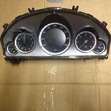 2010 W212 MERCEDES E CLASSE E250 Strumento Tachimetro Cluster a2129001508