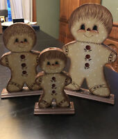 Gingerbread Men Taper Candle Holders Set Of 3 Christmas Wood Hand painted SD