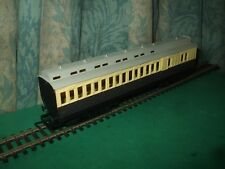 HORNBY GWR CLERESTORY BRAKE CHOCOLATE AND CREAM COACH - No.3