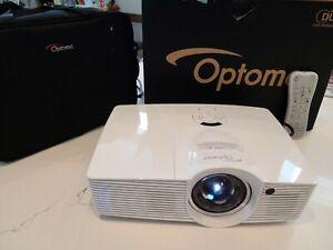 Optoma GT1080 DPL projector