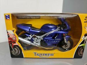 Triumph Daytona 955i  1/12 Newray