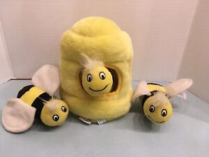 Outward Hound Brand Dog Toy PUZZLE HIDE A BEE Squeaky Bees X3 Pre Owned