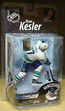 VARIANT Ryan Kesler - bronze CL/1500 white jersey NHL series 26 McFarlane
