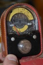 VINTAGE LIGHT EXPOSURE METER w/ LEATHER CASE - Photography