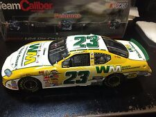 1:24 Team Caliber Preferred Bill Lester #23 Waste Management 2006 Dodge Charger