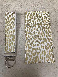 Sunglass Case & Wristlet Style Key Fob - Gold Cheetah Print on White - Gift Set