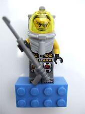 Lego Atlantis, Ace Speedman magnet (glued)