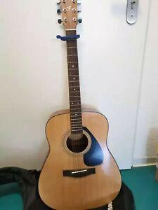 Yamaha F310 Gitarre / Guitar