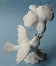 KAISER BOCHMANN TITMICE Group Kiss LOVEBIRDS Vintage Porcelain Bisque FIGURINE