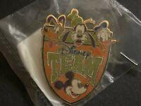 Cast Exclusive Team Disney Fab 4 Goofy Pluto Donald Mickey RARE HTF Pin 1057
