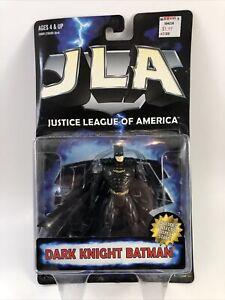 "BATMAN: 4.75"" Dark Knight Poseable Action Figure w Display Base JLA Hasbro 1998"