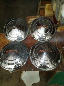 1938 buick hubcaps