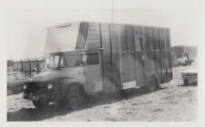 TRADER LORRY PHOTO PHOTOGRAPH OF CLASSIC HORSEBOX TRUCK PICTURE WRD383 HORSE.