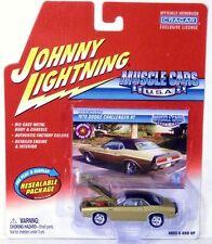 Johnny Lightning 1970 Dodge Challenger R/T Muscle Cars USA  WHITE LIGHTNING Base