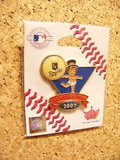 2007 Kansas City Royals Baby New Year's pin version 3