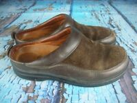 Footprints By Birkenstock Brown Suede Leather Mules Slip On Clog Shoes Size: 38