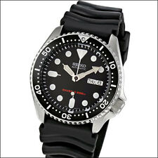 Seiko Black 21-Jewel Automatic Dive Watch with a Black Rubber Strap #SKX007K1