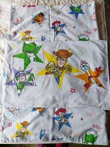 Disney Toy Story 4 'Doodle' Single Duvet Set.