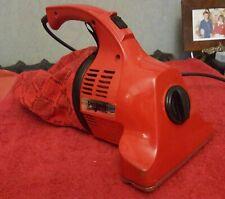 DIRT DEVIL Handy Red Retro Vintage Handheld Vacuum Cleaner  ( B3 1)