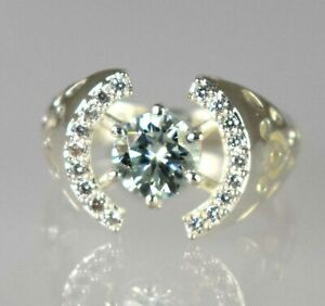 2.77 Ct White Diamond Solitaire Ring With Accents Unisex Latest Collection